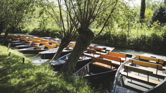 Bootjes op de grachten van het Marais Poitevin