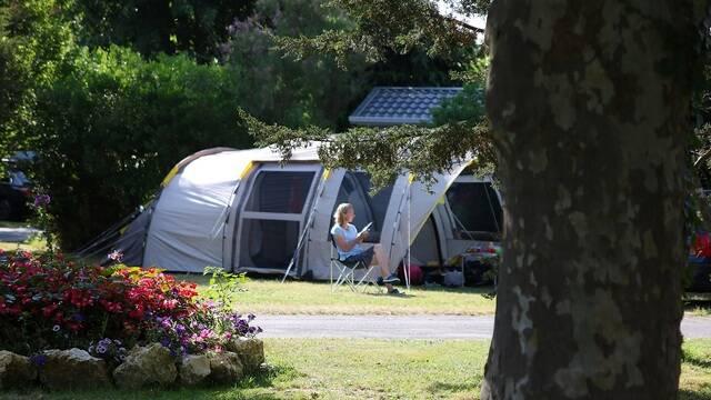 Toile de tente au camping - ©PW Photographie